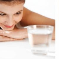 Эффективно ли полоскание горла содой при ангине? Пропорции и рецепты